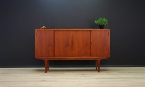 CLASSIC HIGHBOARD TEAK DANISH DESIGN VINTAGE