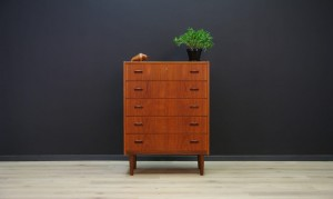 CHEST OF DRAWERS CLASSIC VINTAGE DANISH DESIGN