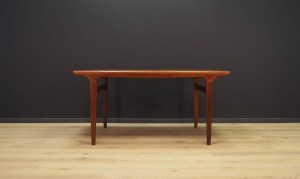 JOHANNES ANDERSEN DINING TABLE TEAK DANISH DESIGN