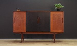 HIGHBOARD TEAK DANISH DESIGN VINTAGE MID CENTURY