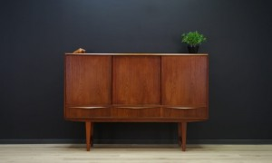 E. W. BACH HIGHBOARD DANISH DESIGN TEAK RETRO