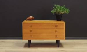 VINTAGE ASH CHEST OF DRAWERS DANISH DESIGN