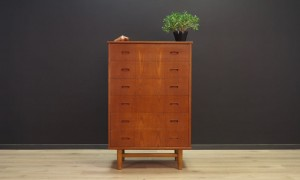 VINTAGE CHEST OF DRAWERS TEAK DANISH DESIGN