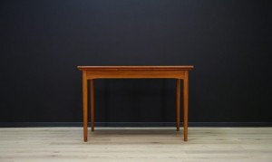 TABLE 60 70 VINTAGE TEAK DANISH DESIGN
