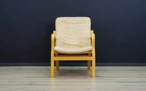 STOUBY LEATHER ARMCHAIR VINATGE DANISH DESIGN
