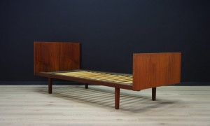 H. WEGNER BED VINTAGE TEAK DANISH DESIGN