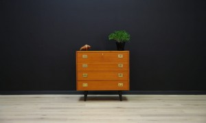 CHEST OF DRAWERS RETRO TEAK VINTAGE CLASSIC