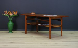 VINTAGE TEAK COFFEE TABLE DANISH DESIGN 60/70