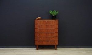 DANISH DESIGN CHEST OF DRAWERS VINTAGE TEAK