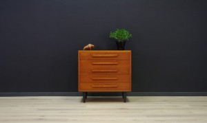 DANISH DESIGN TEAK CHEST OF DRAWERS CLASSIC