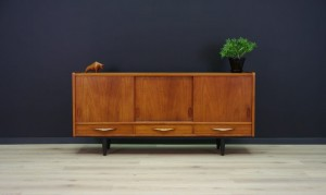 RETRO SIDEBOARD 60 70 TEAK DANISH DESIGN