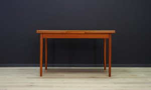 SCANDINAVIAN DESIGN DINING TABLE RETRO TEAK