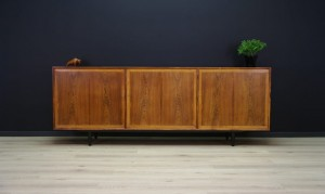 60 70 ROSEWOOD SIDEBOARD DANISH DESIGN