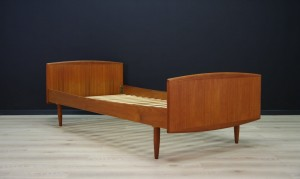 OMANN JUN BED TEAK VINTAGE DANISH DESIGN